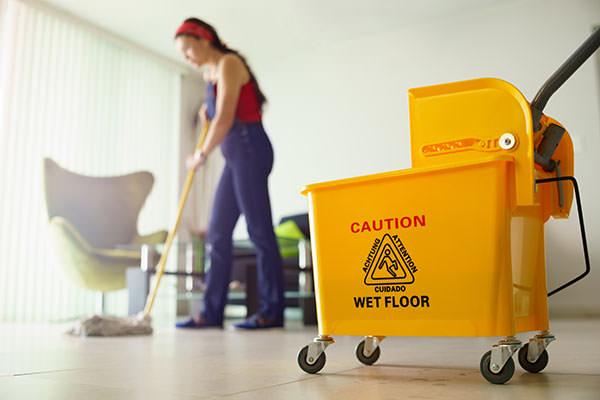 Covid-19 : attention aux désinfectants qui polluent l'air intérieur